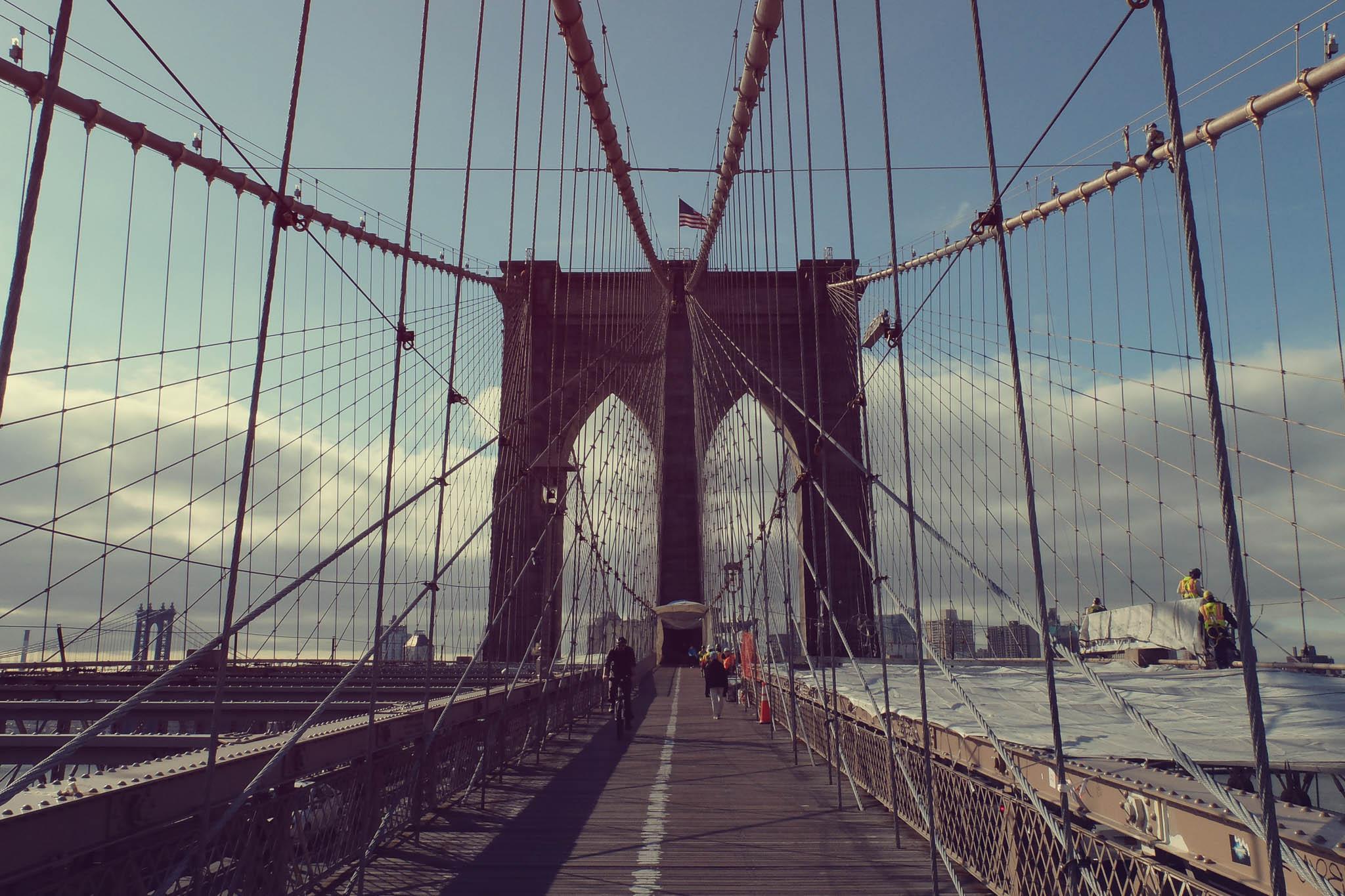 Lead Lines Brooklyn Bridge
